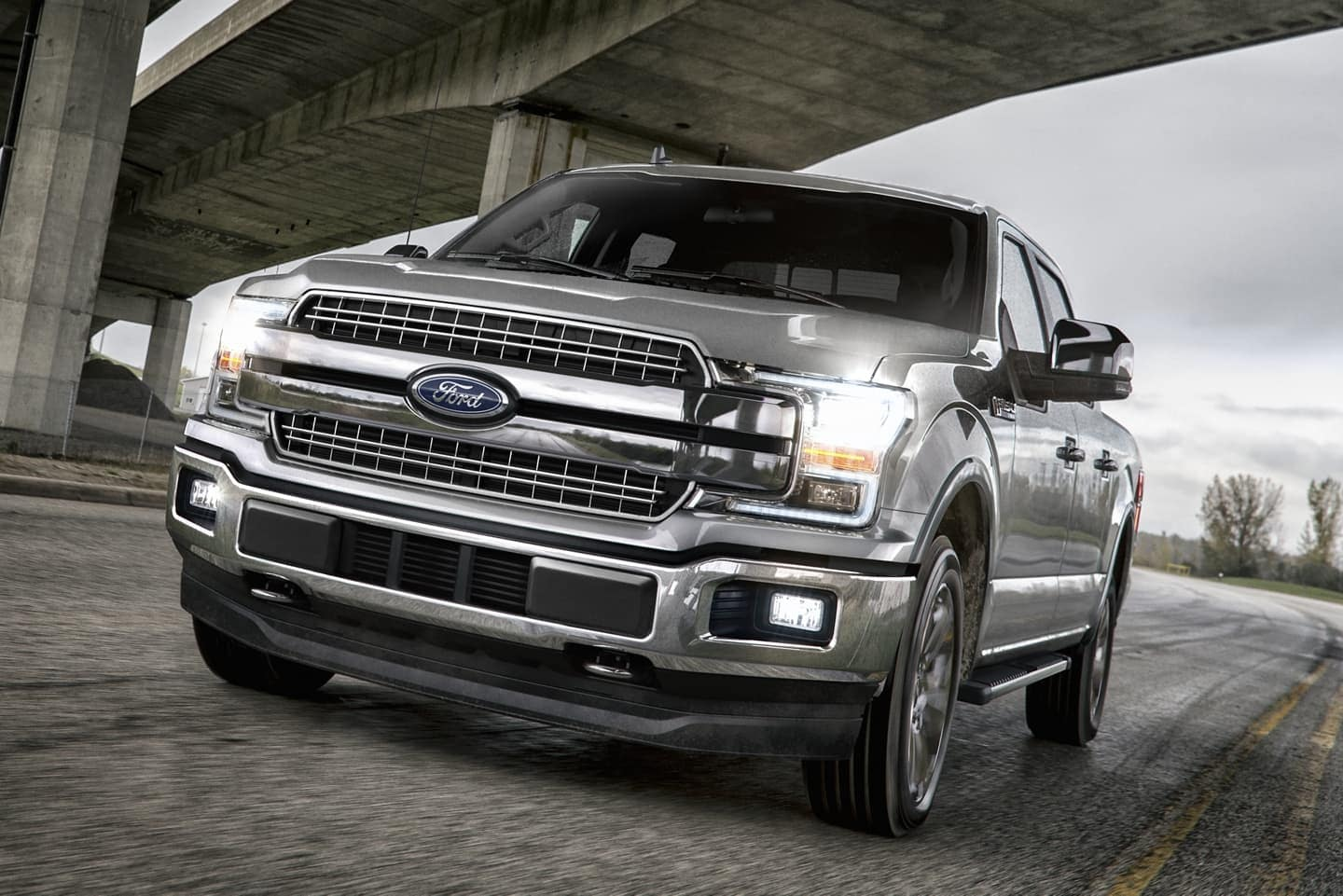 2020 Ford F-150 exterior driving