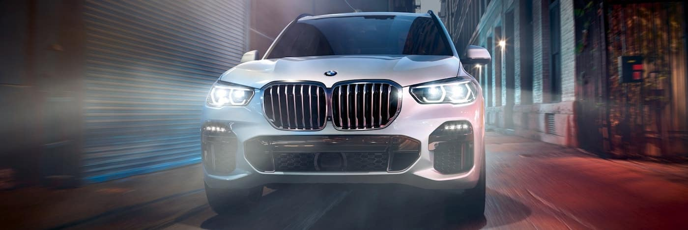 Head on image of a 2020 BMW X5