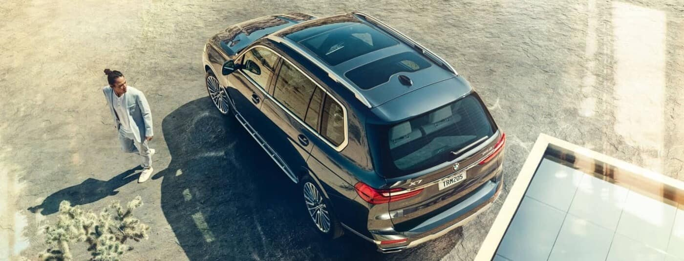 Overhead view of a 2020 BMW X7
