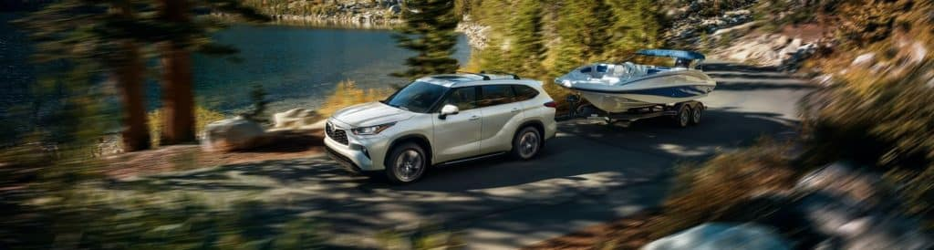 2020 Toyota Highlander Power, Performance, and Capabilities