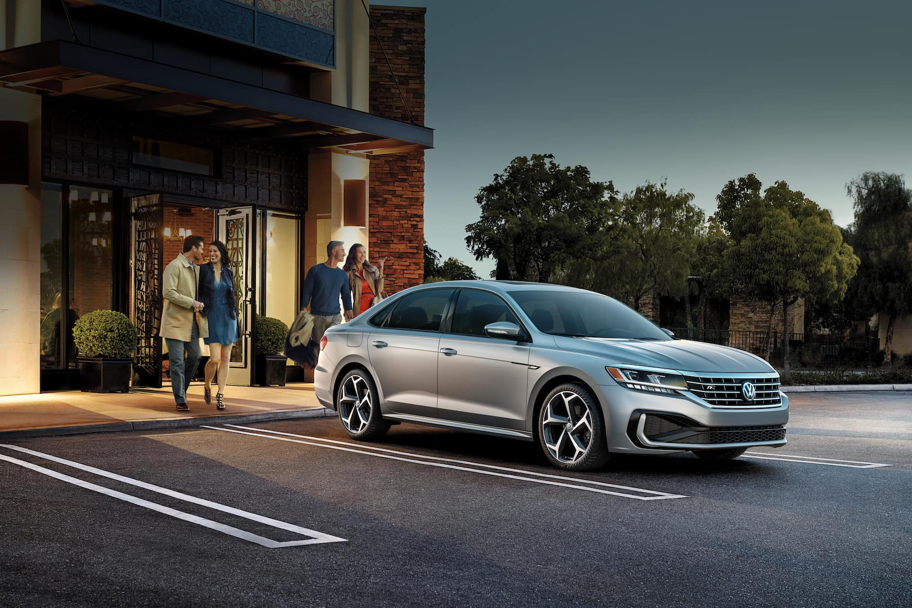 What are the model features of the 2020 Volkswagen Passat? Hanover Volkswagen | the 2020 passat parked infront of a building
