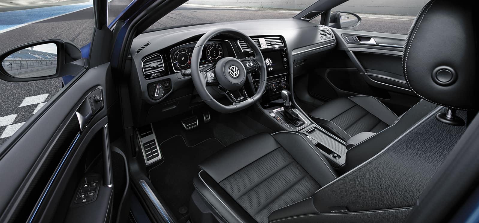 Hanover Volkswagen is a Car Dealership in Hanover PA near Finksburg MD | 2019 VW Golf interior