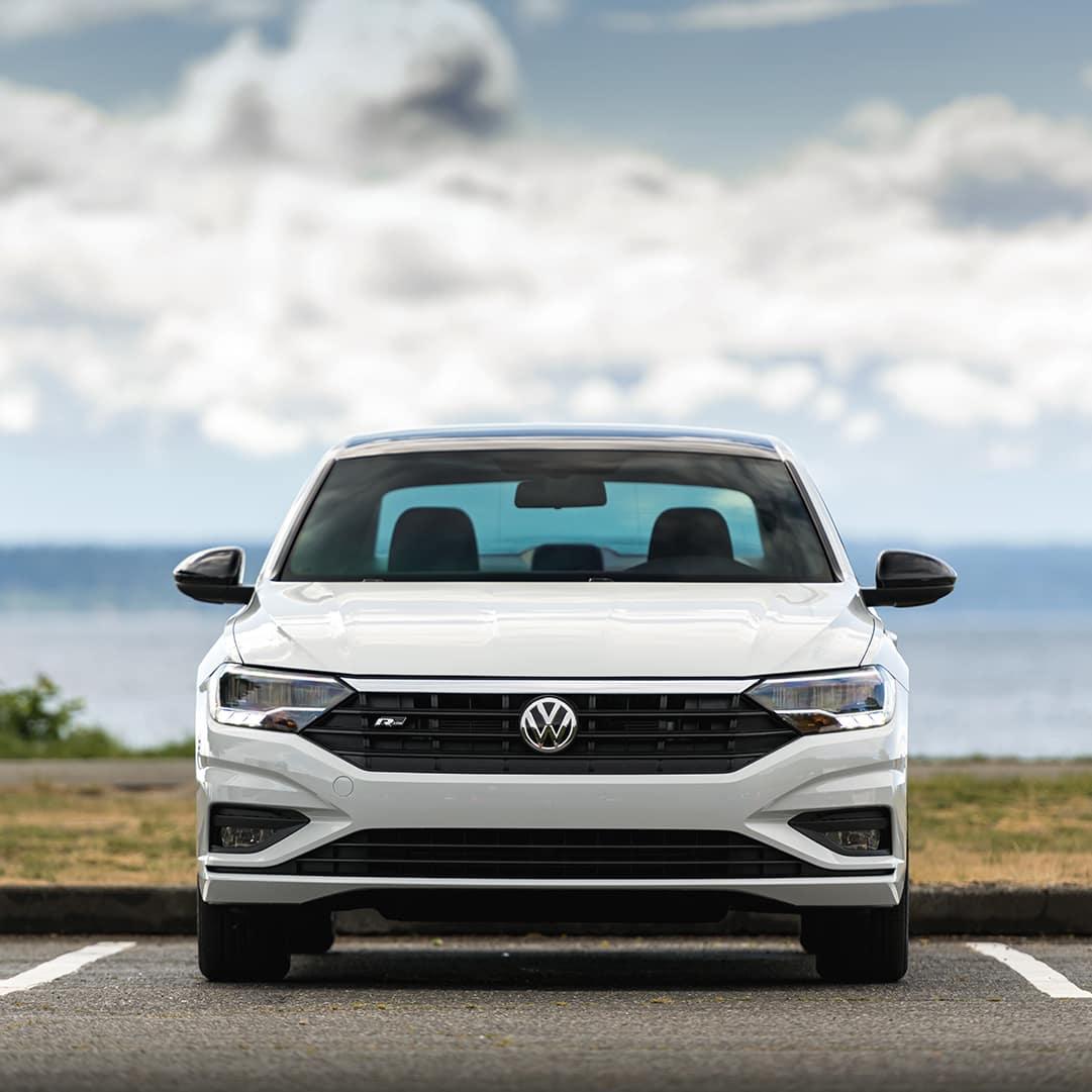 Hanover Volkswagen is a Volkswagen Dealership in Hanover near Reisterstown MD | White Jetta Front Parked