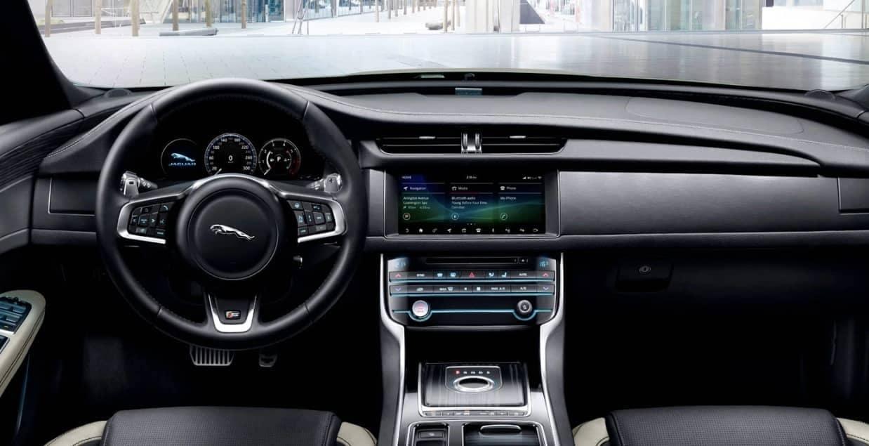 2020 Jaguar XF interior