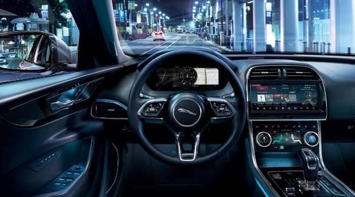 2020 Jaguar XE interior dashboard