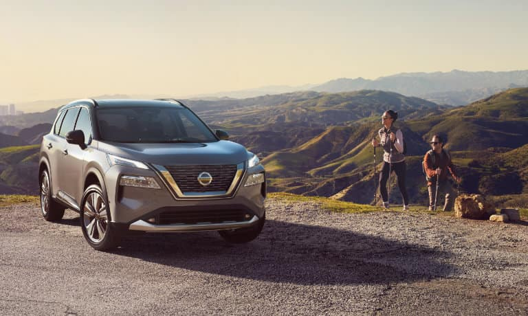 2021 Nissan Rogue parked by a cliff