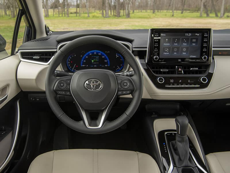 2020 Toyota Corolla interior and performance