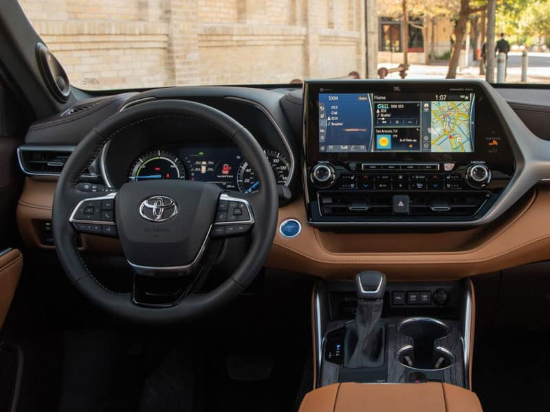 2021 Toyota Highlander Hybrid Features and Comfort