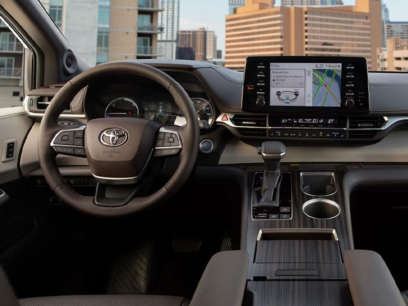 2021 Toyota Sienna Features and Equipment