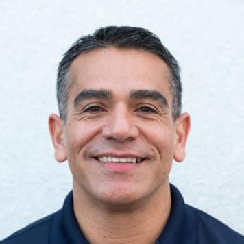 Armando  Tovar