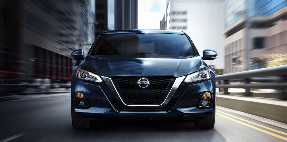 2020 Nissan Altima front view driving in city