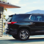 2020 chevy traverse black exterior on cliff