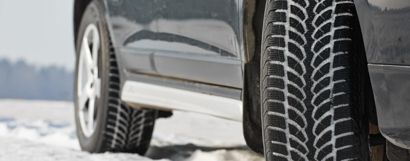 Winter tire wheels using 4WD