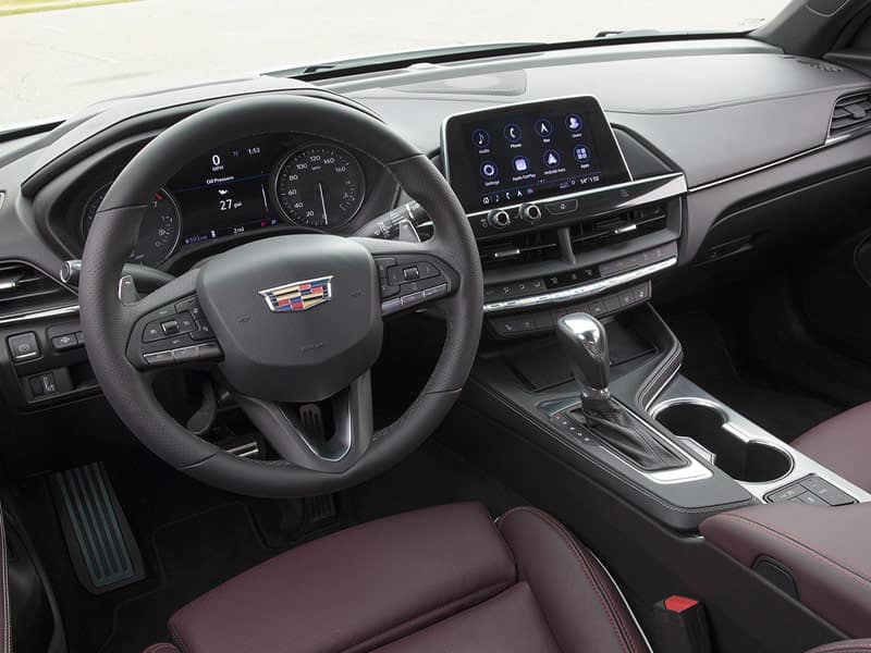 2021 Cadillac CT4 interior technology and convenience