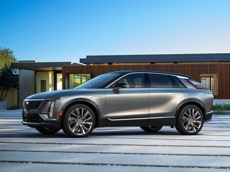 2023 Cadillac LYRIQ all-electric battery range and powertrain
