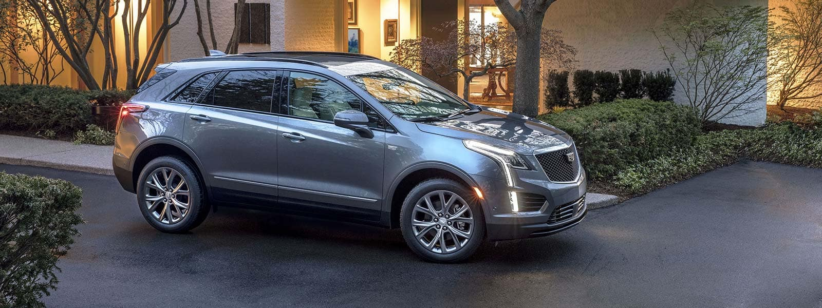 Buy or lease new 2021 Cadillac XT5 in Woodbridge Ontario