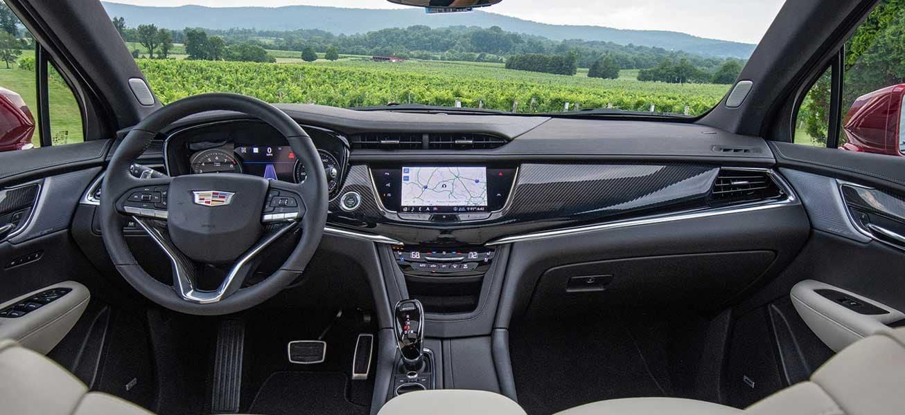 2020 Cadillac XT6 interior cockpit view