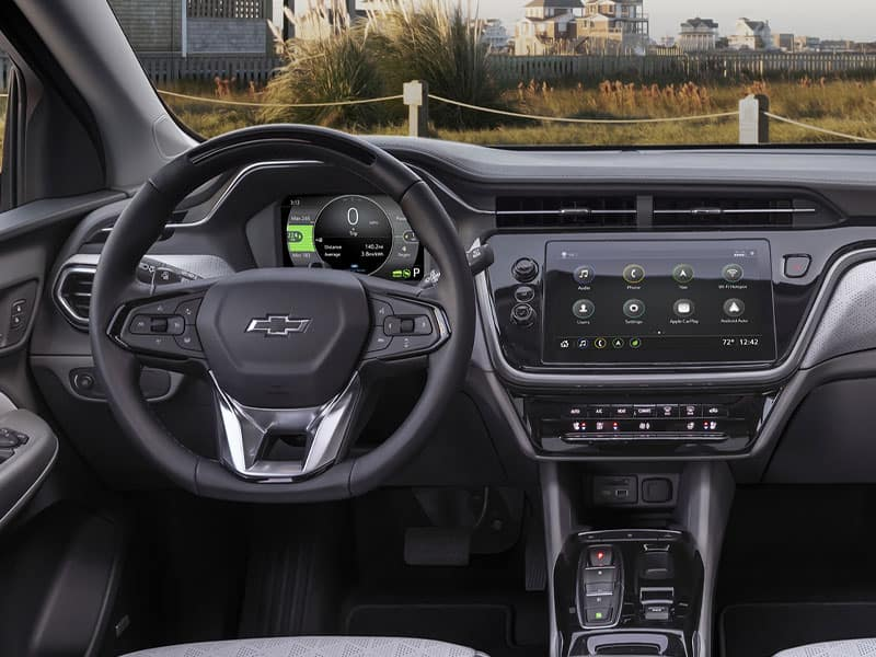 2022 Chevrolet Bolt EUV interior comfort and driver technology