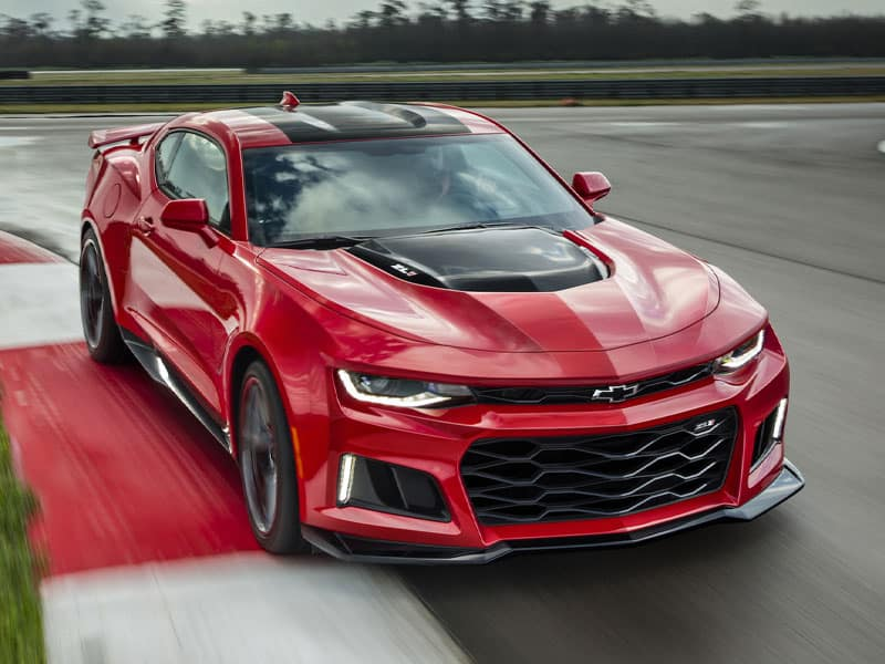 2022 Chevrolet Camaro engine and performance