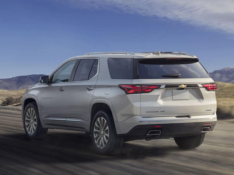 2022 Chevrolet Traverse engines and performance