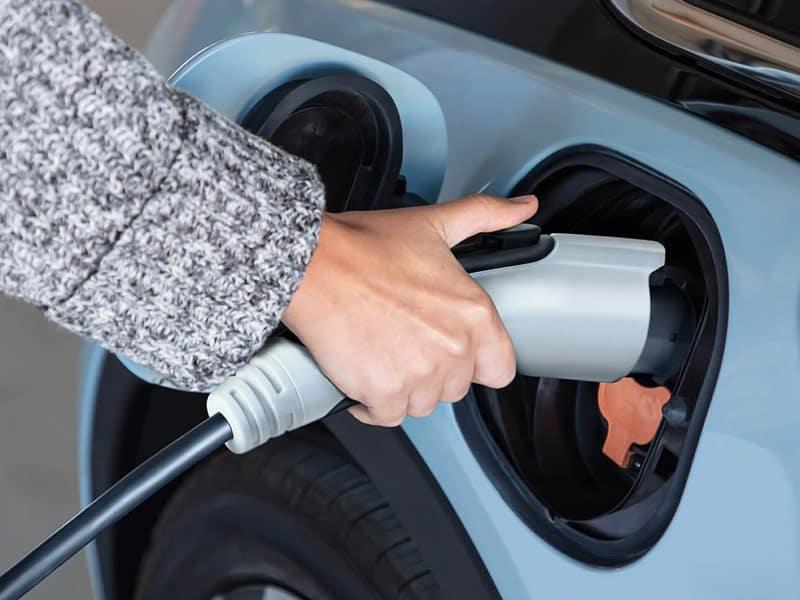 2022 Chevrolet Bolt EV range and recharging