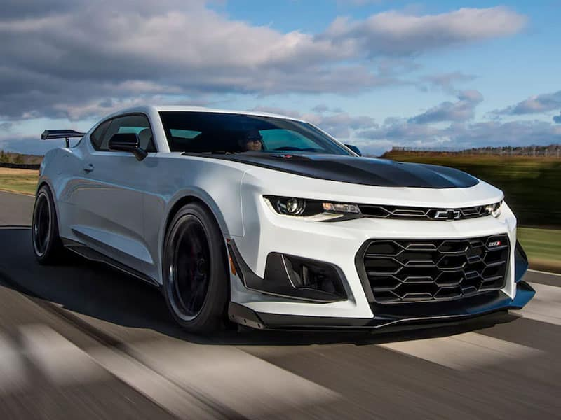 2022 Chevrolet Camaro engines powertrains and performance