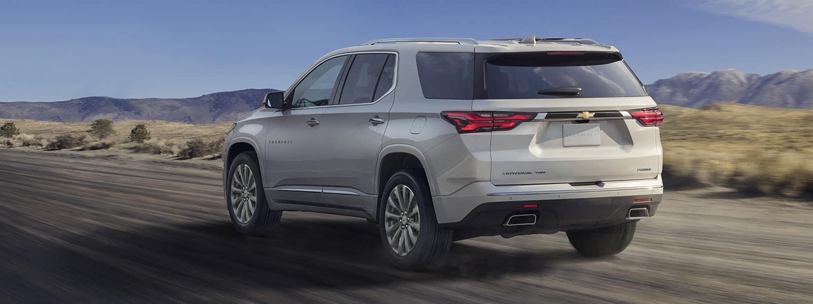 Lease or Finance new 2022 Chevrolet Traverse in Woodbirdge ON