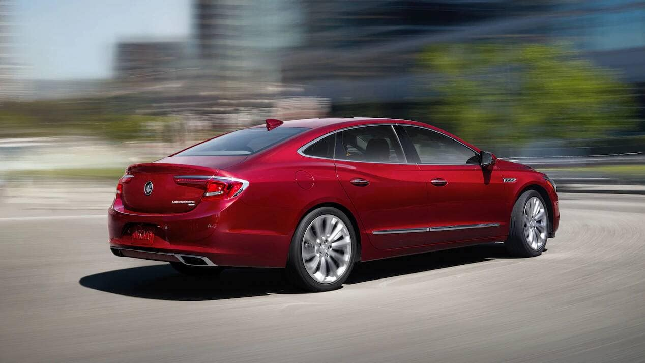 2019 Buick LaCrosse Driving